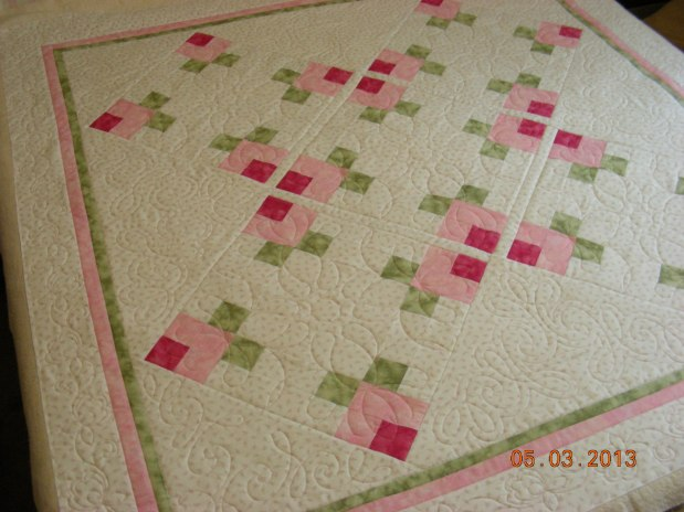 Nancy R Sweet Rosebuds Quilt